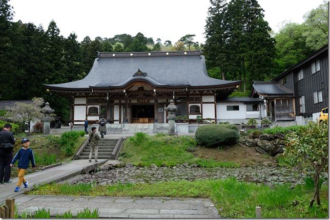 林泉寺 本堂