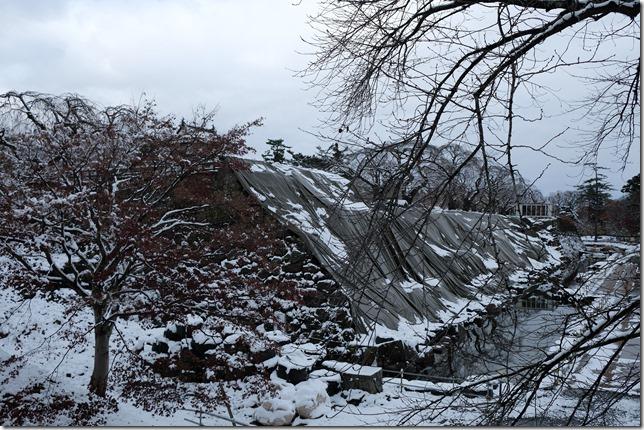 弘前城 修復中の石垣