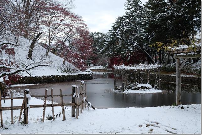 弘前城 蓮池