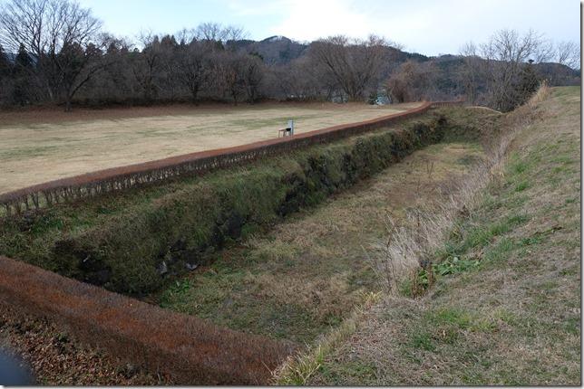 九戸城 本丸と二ノの丸間の堀